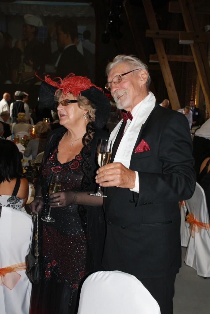 Poprzedni właściciele Forda T, Apolinary i Ewa Bratniccy, tutaj na rajdzie W topaczu w 2010 roku.