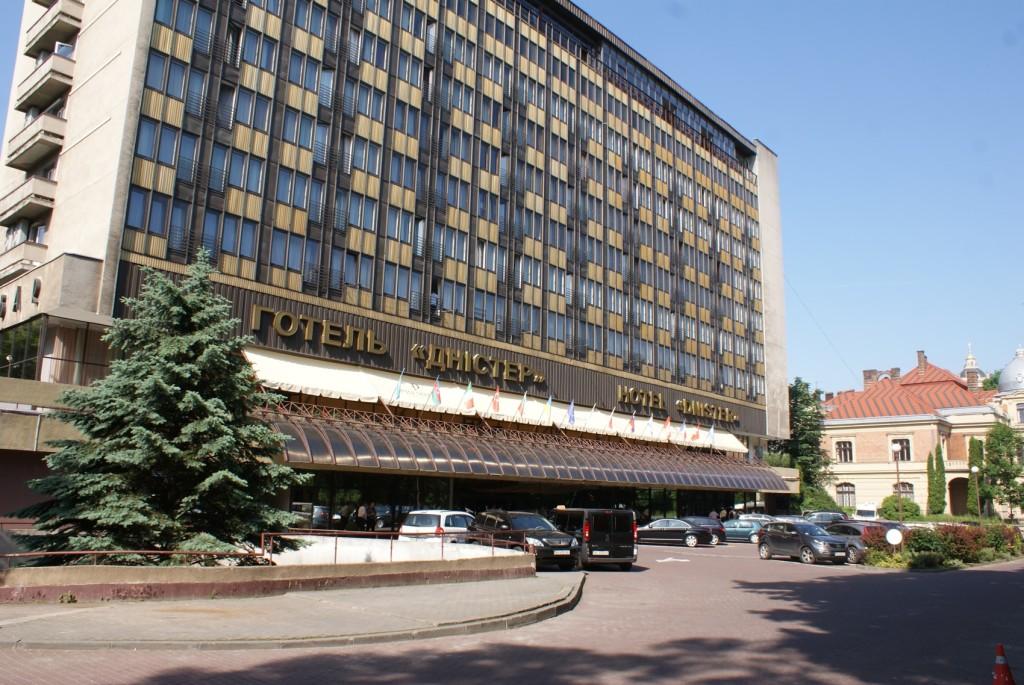 Co roku gościnny hotel Dniestr, super żarcie i przemiła obsługa.