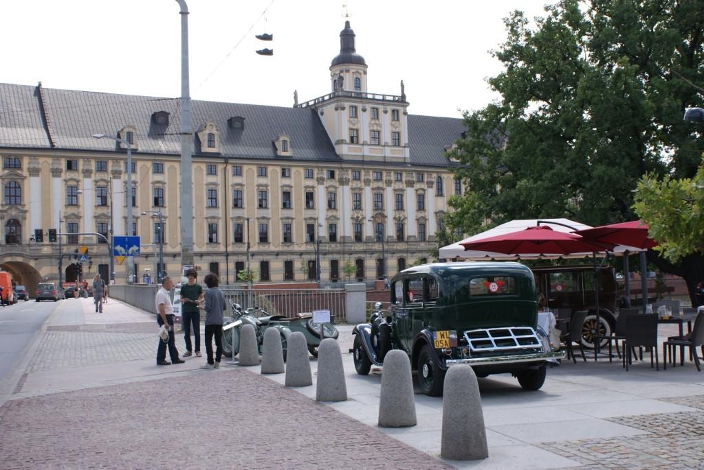 Marina ma genialne położenie naprzeciwko Uniwersytetu Wrocławskiego